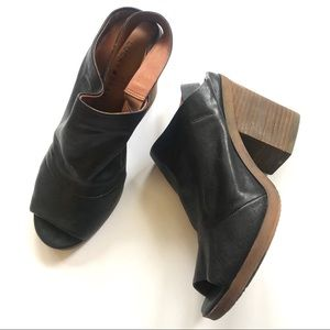 Lucky Brand leather open toe sling back shoe 8.5